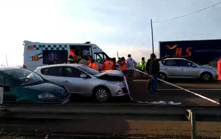 Acidente com 5 camiões e vários ligeiros na A6 deixa 16 pessoas feridas em Elvas 2