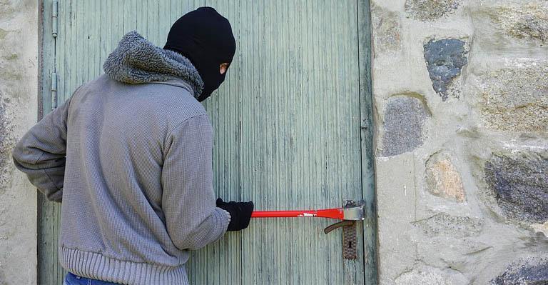 Menor de 16 anos é identificado por furtos